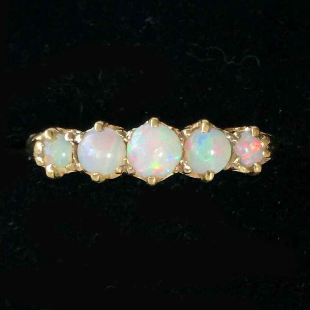 ANTIQUE, , 18K, 750 YELLOW GOLD OPAL FIVE STONE RING, CIRCA 1910