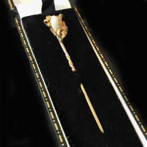 Antique, Pure Gold nugget & milky quartz stick, tie, cravat, lapel pin, 1860