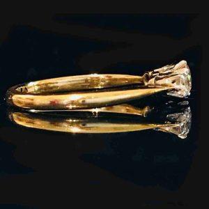 Art Deco, 18ct, 18k, 750 Gold Diamond 0.45ct three stone engagement ring, c1920