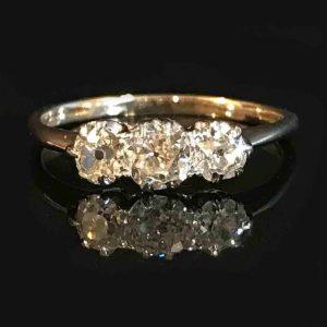 Art Deco, 18ct, 18k, 750 Gold Diamond 0.65ct three stone engagement ring, c1920
