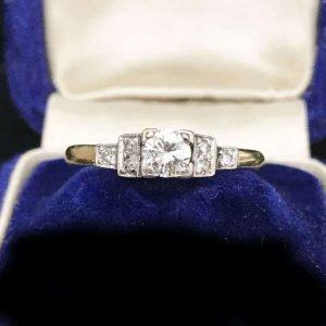 Art Deco, 18ct, 18k, 750 Gold & Plat Diamond 0.30ct Solitaire engagement ring