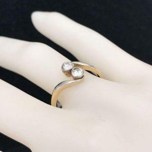 Art Deco 18ct, 18k Gold & Platinum diamond two stone engagement ring, Circa 1920