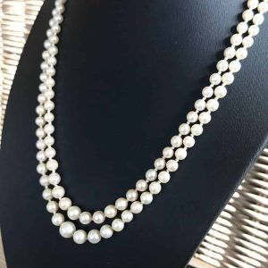 Art Deco, Saltwater Cultured graduated Pearl necklace on Silver engraved clasp