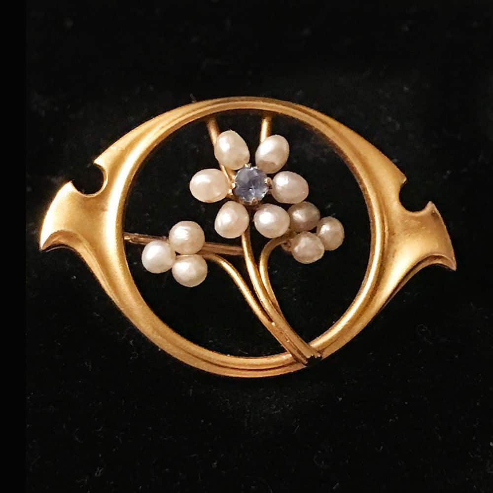 Art Nouveau, 10ct, 10k, 416 Gold Sapphire & pearl aesthetic brooch, Circa 1895