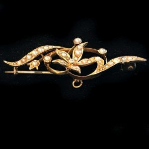 Art Nouveau 15ct, 15k, 625 Gold Pearl and Diamond foliate design brooch, pin