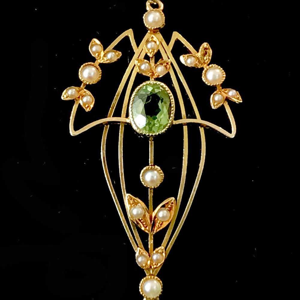 Art Nouveau 15ct, 15k, 625 Gold Peridot & Pearl lavaliere pendant, C1900
