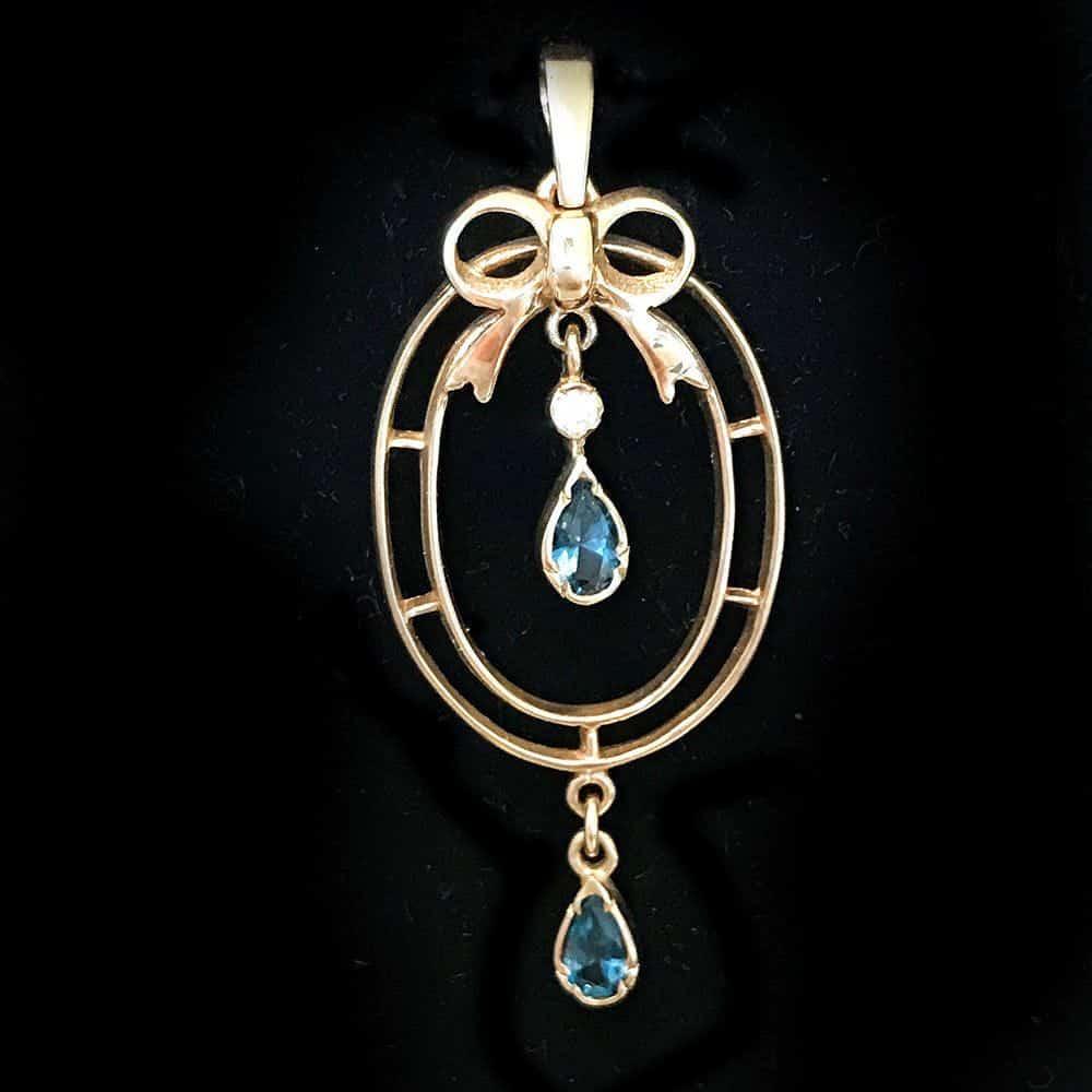 Beautiful 9ct, 9k, 375 Gold Topaz and Diamond lavalier, lavaliere pendant