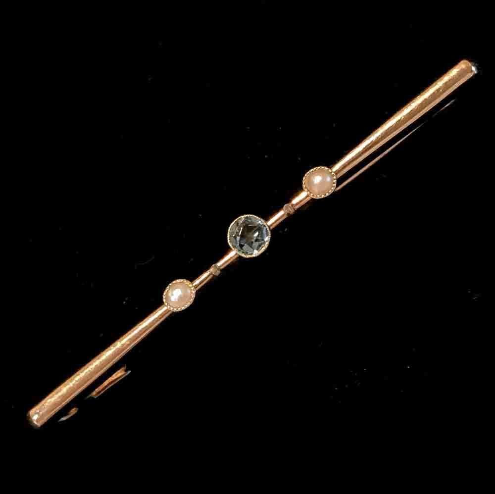 Edwardian 15ct, 15k, 625 Gold Aquamarine & Pearl bar brooch C1910