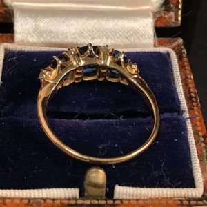 Exquisite, Edwardian 18ct, 18k, 750 Gold Sapphire & Diamond Ring Circa 1901
