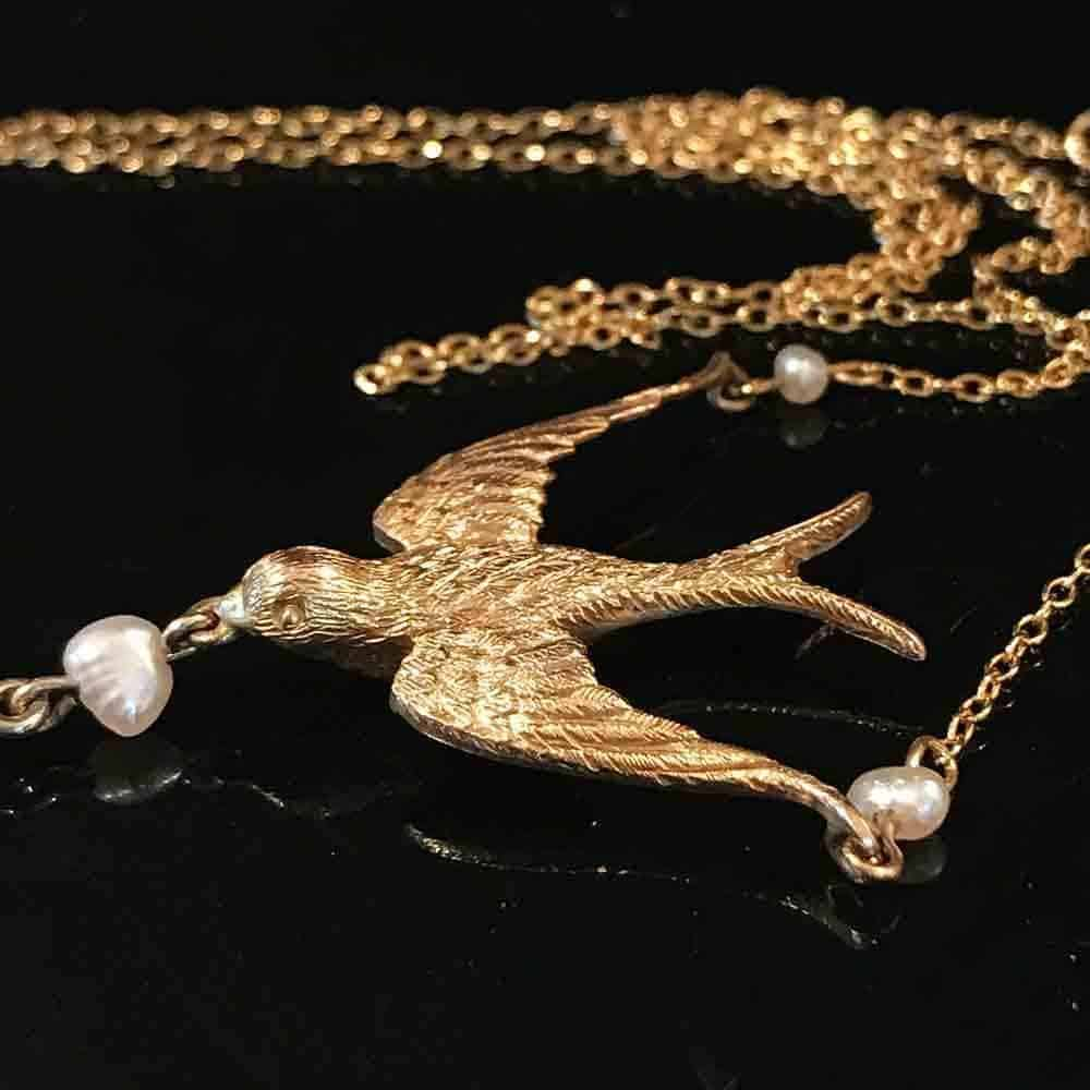 Exquisite, Victorian 18ct, 18k, 750 Gold Swallow & Pearl Necklace.  Circa 1895