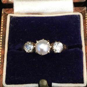 Fine Victorian 18ct, 18k, 750 Pearl & Diamond (0.50ct) Ring, Circa 1880