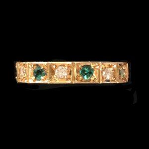 Fine, Vintage 18ct, 18k, 750 yellow gold Emerald & Diamond half eternity ring