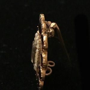 Georgian 18ct, 18k, 750 Gold Garnet & Pearl Hair lace brooch / pin, Circa 1835