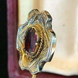 Georgian 9ct, 9k, 375 rose gold and Garnet stick, tie, cravat pin in antique box