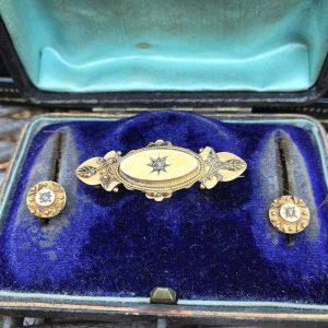 Rare, Victorian 15ct, 15k, 625 Gold Diamond brooch & earring semi parure, C1880