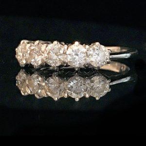 Stunning 18ct, 18k, 750 White Gold 5 stone Diamond 1.00ct engagement ring
