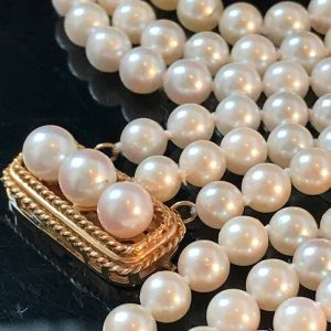 """Superb Saltwater Cultured Pearl 3 row Necklace on a 14ct Pearl Clasp  Length:15"""""""