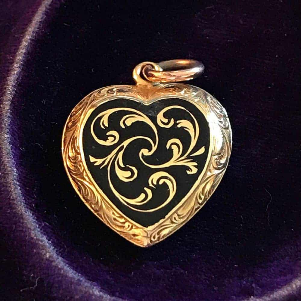 Victorian 15ct, 15k, 625 Gold & Black Enamel Mourning hair locket heart pendant