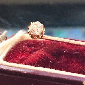 Victorian, 15ct, 15k, 625 Gold, Diamond solitaire stick, tie, cravat pin in box