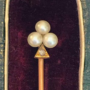 Victorian 15ct, 15k, 625 Gold Pearl & Diamond Fleur de lys, Stick pin, in box