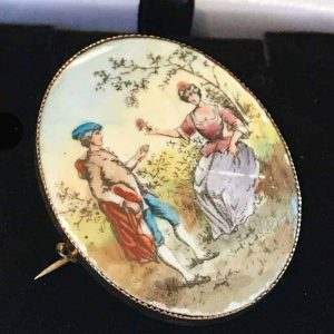Victorian, 9ct, 9k, 375 Rose Gold painted, lovers, romantic brooch, Circa 1880