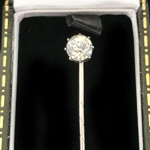 Victorian 9ct, 9k, 375 Rose Gold Solitaire Paste Stick, tie, cravat pin C1860
