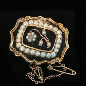 Victorian gold, black Enamel, Pearl & Diamond mourning brooch with compartment