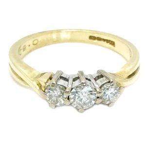 Vintage, 18ct Gold Diamond (0.50ct) three stone Engagement ring