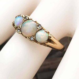 Vintage 9ct, 9k, 375 Gold Fiery Opal & Diamond carved hoop ring, London 1974