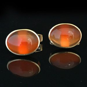 Vintage 9ct, 9k, 375 Gold Oval Cabachon Agate cufflinks, by maker C.G & S