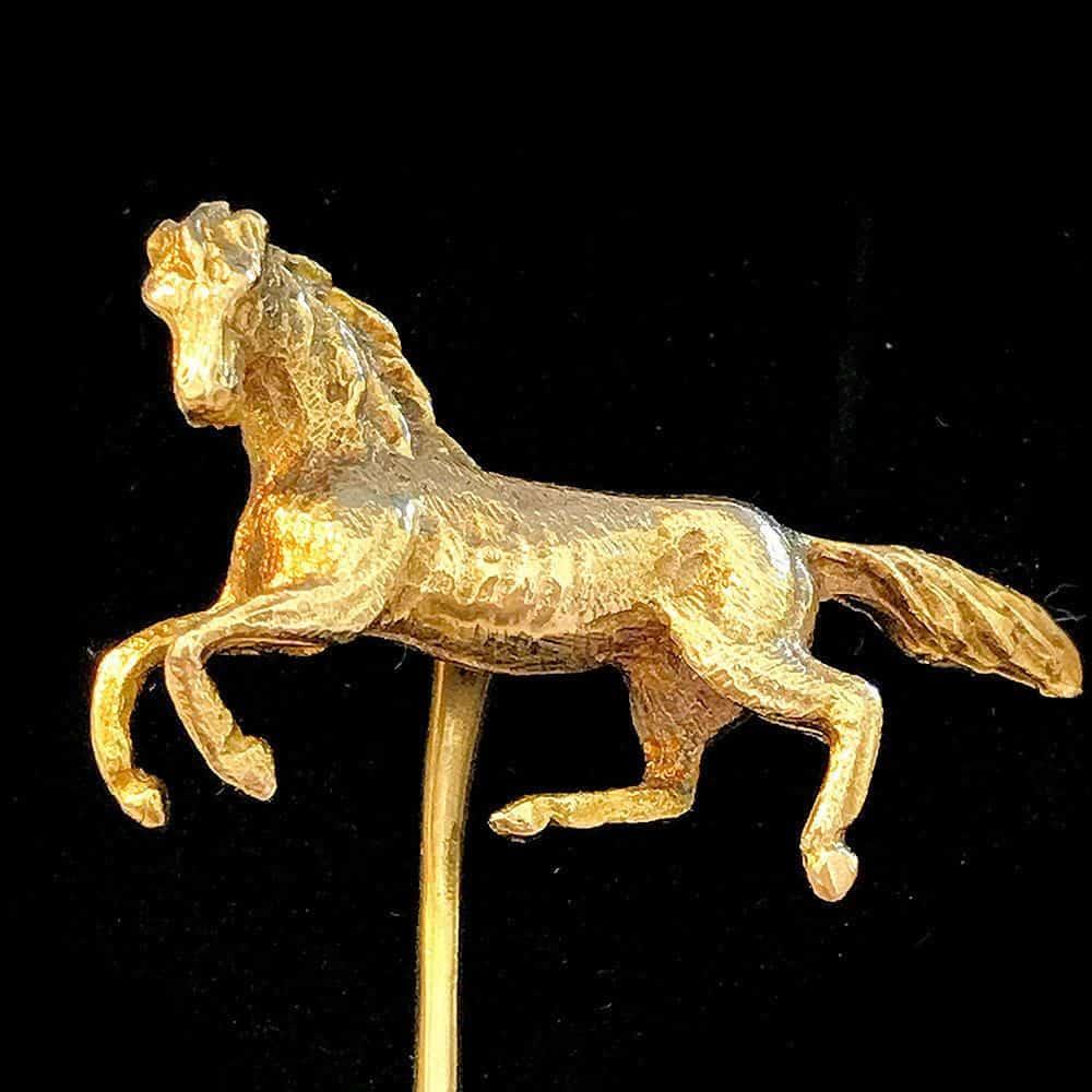 Vintage 9ct Gold horse cravat, stick, tie, lapel pin London 1969 by Cropp & Farr