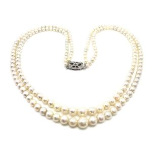 Vintage Cultured Saltwater 2 row Pearl necklace on diamond clasp