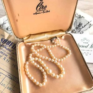 Vintage Cultured Saltwater Graduated Pearl necklace on 9ct clasp, receipt & box