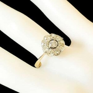 Fine, Art Deco 18ct, 18k, 750 Gold & Plat, Diamond (0.75ct), daisy cluster ring