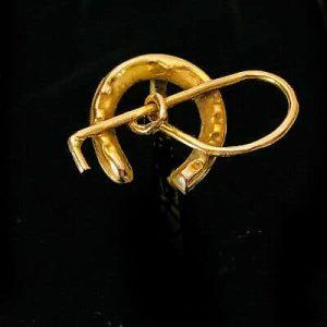 Victorian 9ct, 9k, 375 Gold horse shoe & crop, equestrian Stick, tie, stock pin