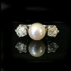 Art Deco Platinum, Pt950 Diamond & Pearl 3 stone engagement ring, C1935