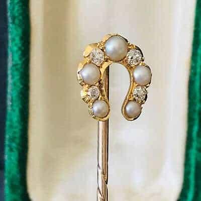 Edwardian Gold Pearl & Diamond horse shoe, equestrian Stick, tie, cravat pin