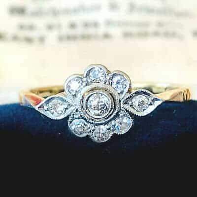 Fine, Art Deco 18ct, 18k, 750 Gold diamond cluster engagement ring, circa 1920