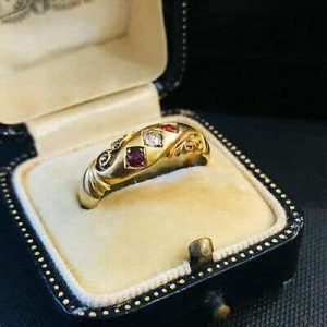 Exquisite, Victorian 18ct, 18k, 750 Gold Ruby & old-cut Diamond ring. Dated 1897