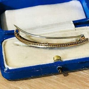 Fine Edwardian 9ct Gold synthetic Sapphire & Diamond Crescent moon brooch in box