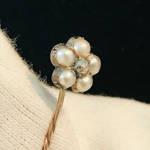 Victorian 9ct, 9k, 375 Gold Natural Saltwater Pearl & Diamond daisy stick pin