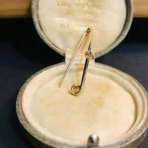Edwardian 15ct, 15k, 625 Rose gold & Platinum, Aquamarine bar brooch, Circa 1910
