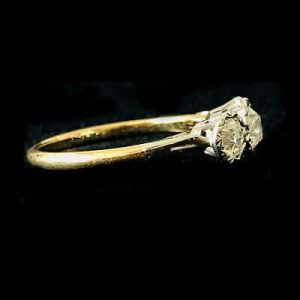 Fine, Art Deco, 18ct Gold & Platinum Diamond 0.70ct three stone engagement ring