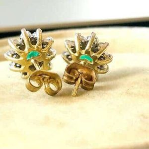 Fine, Stunning 18ct, 18k, 750 Gold Emerald and Diamond (1.00ct) cluster earrings