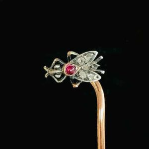 Antique, Early Victorian 15ct, 15k, 625 Gold Ruby & Diamond fly Stick, tie pin
