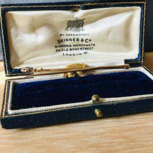 Fine, Edwardian 15ct, 15k, 625 Gold & Ruby bear in original Bond street case