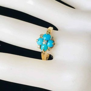 Pretty, Victorian 18ct, 18k, 750 gold Turquoise & Diamond 'forget me knot' ring