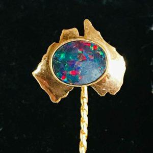 Vintage 10ct, 10k Gold black Opal doublet on map of Australia, Stick, tie pin