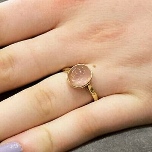 Retro, 9ct, 9k, 375 Gold Rose quartz (the stone of romance & love) ring, C1940