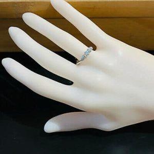 Art Deco Platinum old-cut Diamond 0.55ct Five Stone engagement Ring, Circa 1940